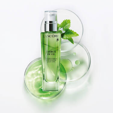 The Smoothing & Glow Boosting Liquid Care